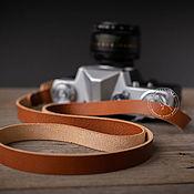 Ремни ручной работы. Ярмарка Мастеров - ручная работа Кожаный ремень для фотокамеры. Handmade.