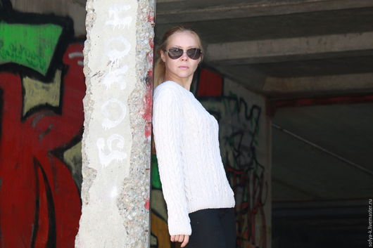 """Кофты и свитера ручной работы. Ярмарка Мастеров - ручная работа. Купить Пуловер """"Косы"""". Handmade. Белый, свитер с косами"""