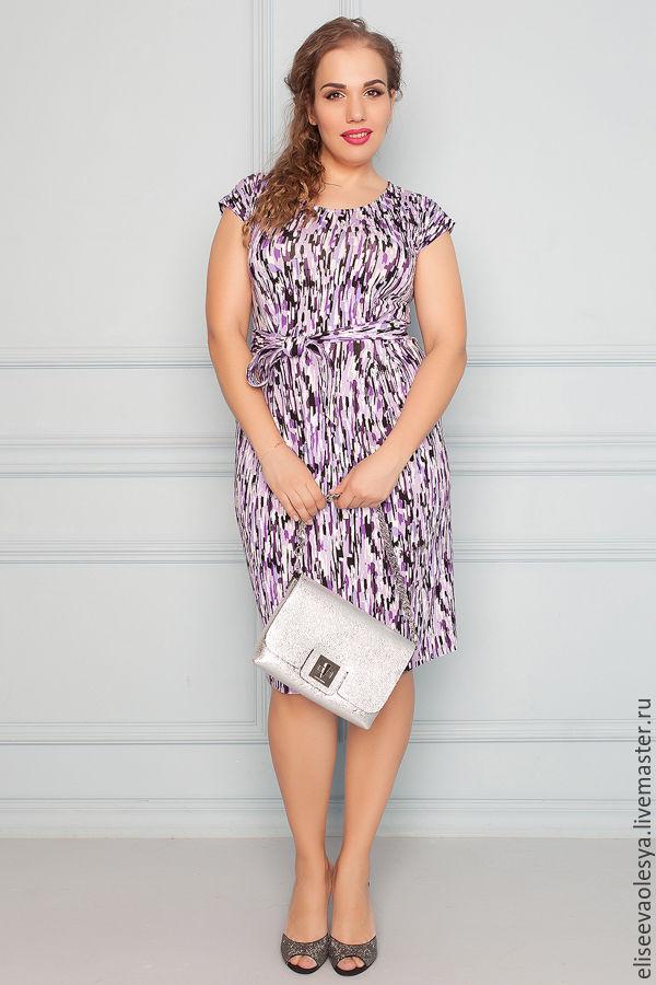 Легкое платье из трикотажа
