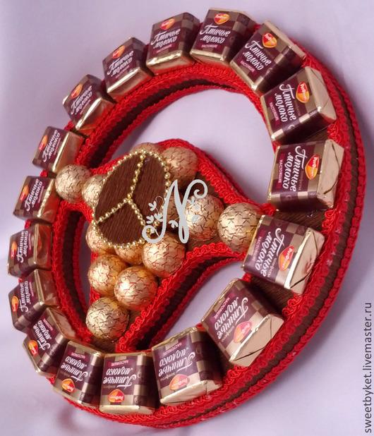 Подарки для мужчин, ручной работы. Ярмарка Мастеров - ручная работа. Купить Руль из конфет к 23 февраля, букет, подарок мужчине, на 14 февраля. Handmade.