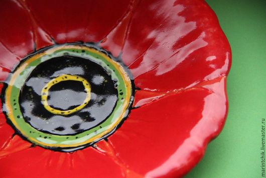 Тарелки ручной работы. Ярмарка Мастеров - ручная работа. Купить Тарелка Красный Цветок. Handmade. Ярко-красный, глина