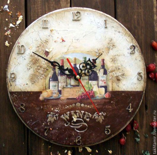 Часы для дома ручной работы. Ярмарка Мастеров - ручная работа. Купить Часы WINE. Handmade. Коричневый, часы декупаж, виноград