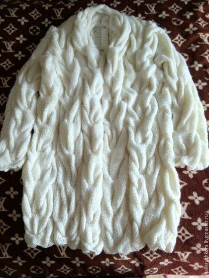 Кофты и свитера ручной работы. Ярмарка Мастеров - ручная работа. Купить Вязаный кардиган в стиле шарпей косы ручной работы. Handmade.