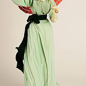 Куклы и игрушки ручной работы. Ярмарка Мастеров - ручная работа ООАК кукла «Девушка с красным зонтиком». Handmade.