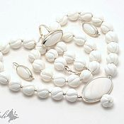 Украшения handmade. Livemaster - original item Set of coral and mother of pearl White bird. Handmade.
