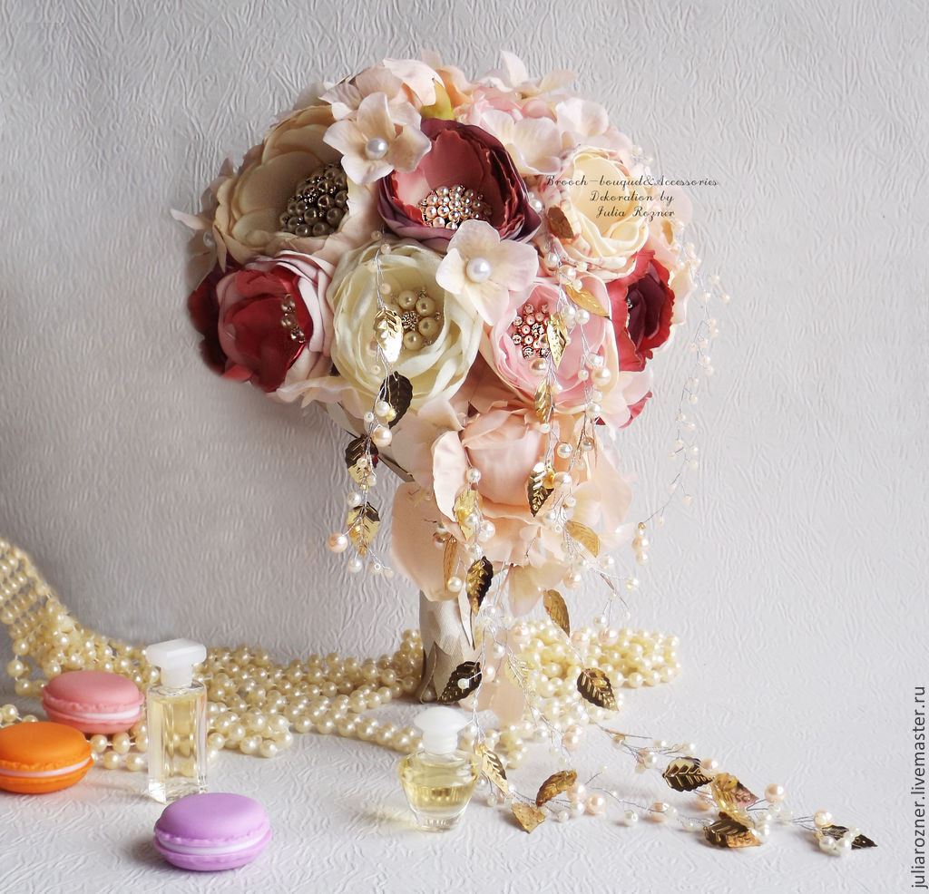 Cascading Wedding Brooch Bouquet The Brides Bouquet In The Form Of