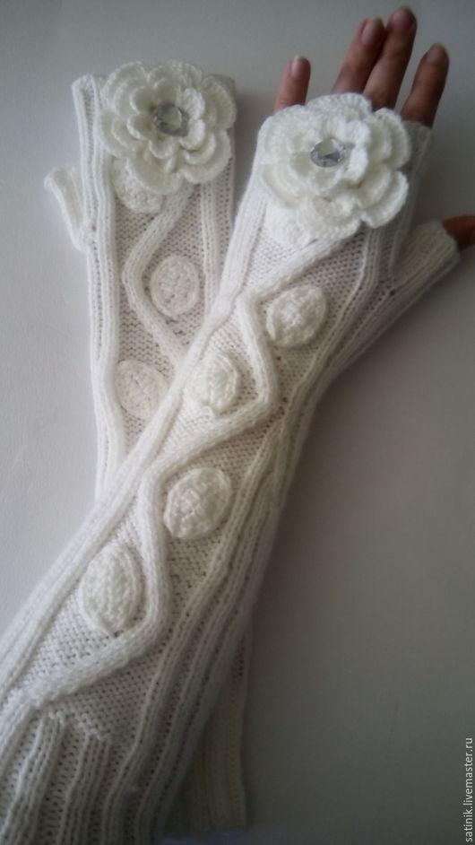Варежки, митенки, перчатки ручной работы. Ярмарка Мастеров - ручная работа. Купить Митенки длинные Розы, белые. Handmade. Белый