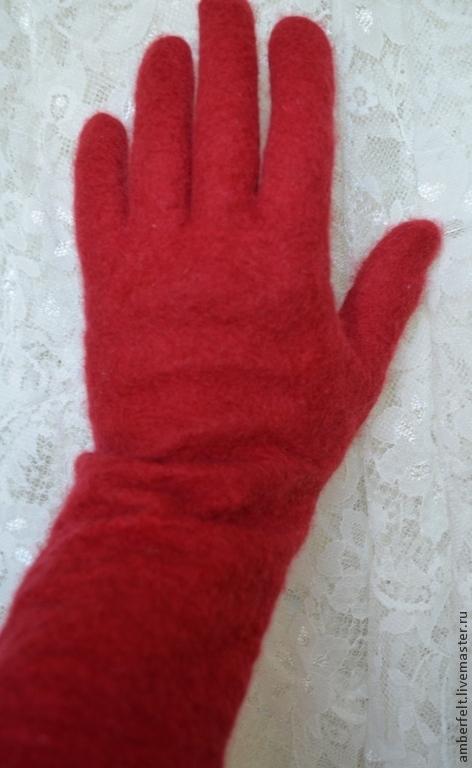 Варежки, митенки, перчатки ручной работы. Ярмарка Мастеров - ручная работа. Купить Перчатки валяные, длинные. Handmade. Ярко-красный