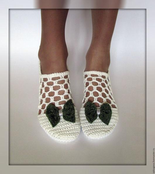 Вязаная обувь. Летняя обувь. Женская обувь. Обувь вязаная. Слиперы крючком. Мастер Черевички. Туфли крючком.