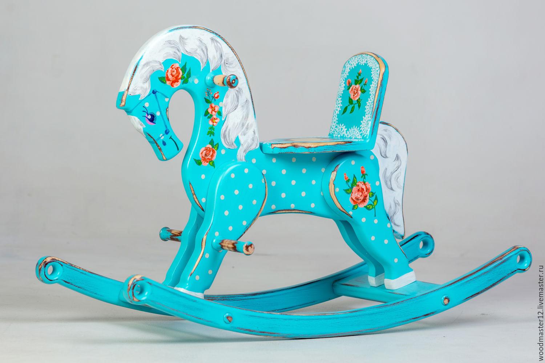 деревянные лошадки детские фото