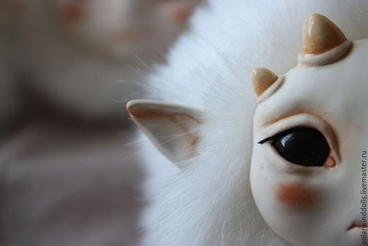 Сказочные персонажи ручной работы. Ярмарка Мастеров - ручная работа. Купить Микро йети. Handmade. Белый, мех, фэнтези, монстр