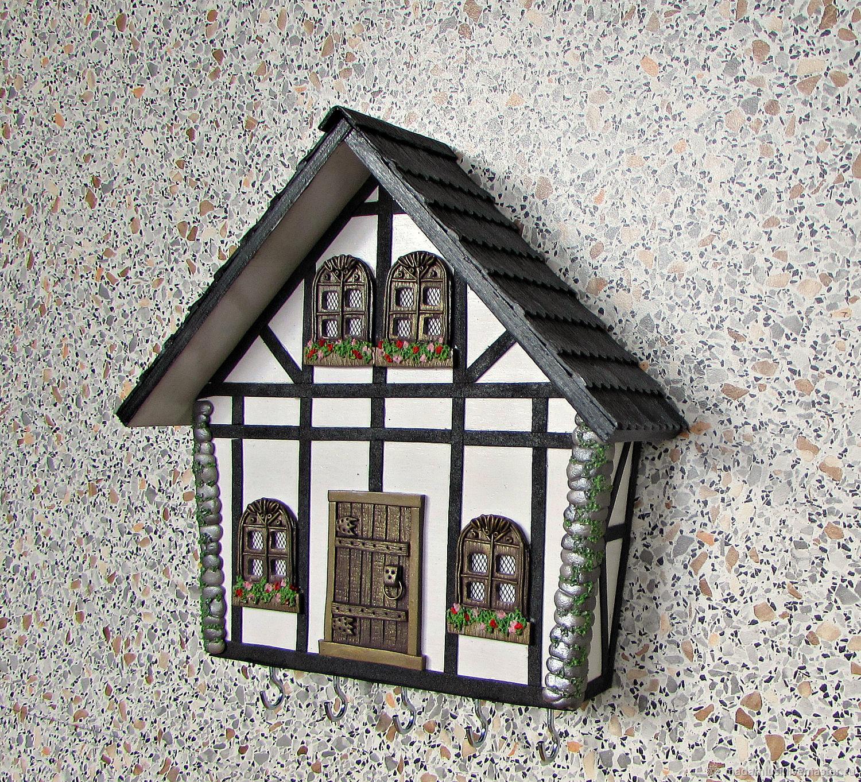 Entrance Hall handmade. Livemaster - handmade. Buy Housekeeper Alpine house volume. The housekeeper is a wall handmade.