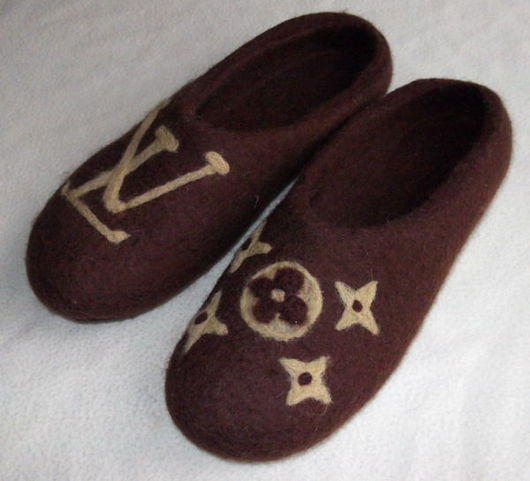 """Обувь ручной работы. Ярмарка Мастеров - ручная работа. Купить Тапочки """"почти от кутюр"""". Handmade. Валяные тапочки, войлочные тапки"""