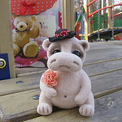 """Куклы и игрушки ручной работы. Ярмарка Мастеров - ручная работа Бегемотик  """"Боня"""". Handmade."""