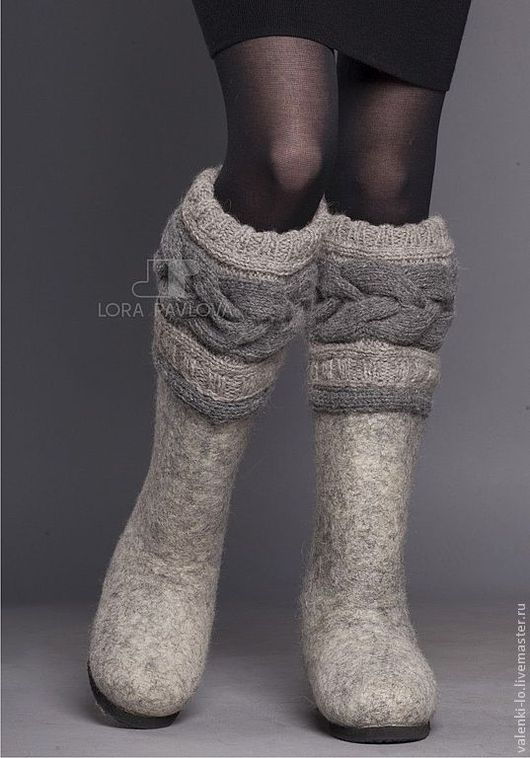 """Обувь ручной работы. Ярмарка Мастеров - ручная работа. Купить """"Classic"""" с серой косой. Handmade. Зимняя обувь, подарок, valenki"""