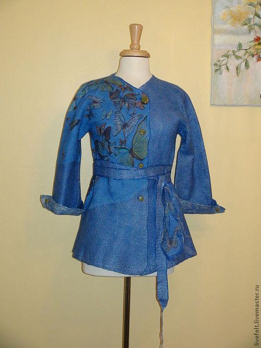 """Пиджаки, жакеты ручной работы. Ярмарка Мастеров - ручная работа. Купить Валяный жакет """" Бабочки """" синий. Handmade."""