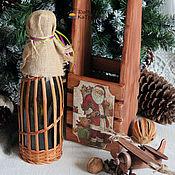 """Подарки к праздникам ручной работы. Ярмарка Мастеров - ручная работа Бутылочница реечная на одну бутылку """"Дедушка Мороз"""". Handmade."""