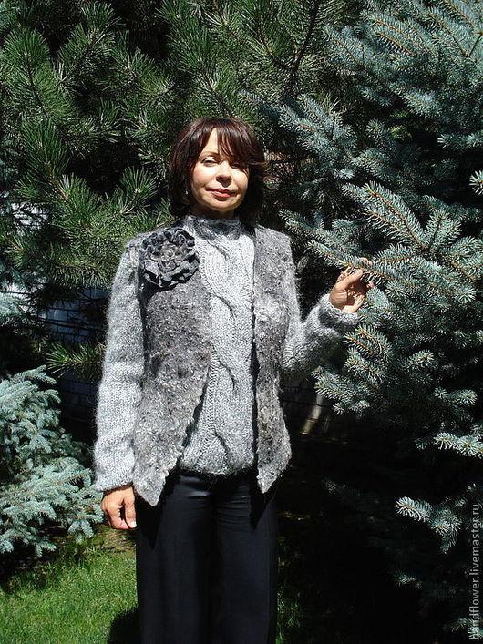 """Жилеты ручной работы. Ярмарка Мастеров - ручная работа. Купить Комплект """"Gray""""-  валяный жилет + свитер. Handmade. Серый"""
