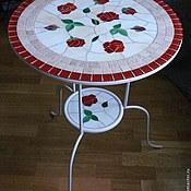 """Для дома и интерьера ручной работы. Ярмарка Мастеров - ручная работа """"Алые розы"""" столик с мозаикой. Handmade."""