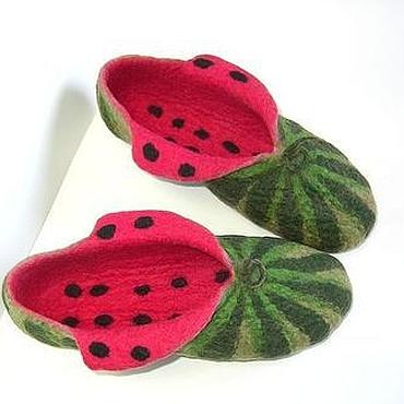"""Обувь ручной работы. Ярмарка Мастеров - ручная работа Войлочные тапочки """"Арбузы"""". Handmade."""
