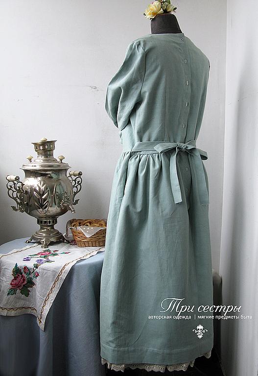 Платье со спины.