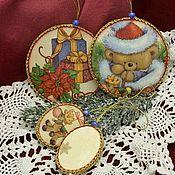 Подарки к праздникам ручной работы. Ярмарка Мастеров - ручная работа Подвески-медальоны набор. Handmade.