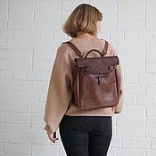Сумки и аксессуары ручной работы. Ярмарка Мастеров - ручная работа Кожаный рюкзак-сумка Square Light Brown. Handmade.