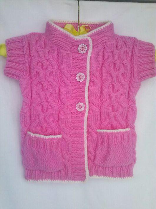 Одежда для девочек, ручной работы. Ярмарка Мастеров - ручная работа. Купить Теплый вязаный жилет для девочки. Handmade. Жилет, пинетки