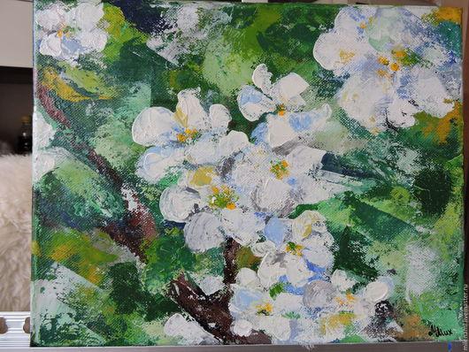 Картина Цветущая яблоня, живопись мастихином, зеленый, белый, весна, картина в подарок, интерьерная картина, картина цветов, весна
