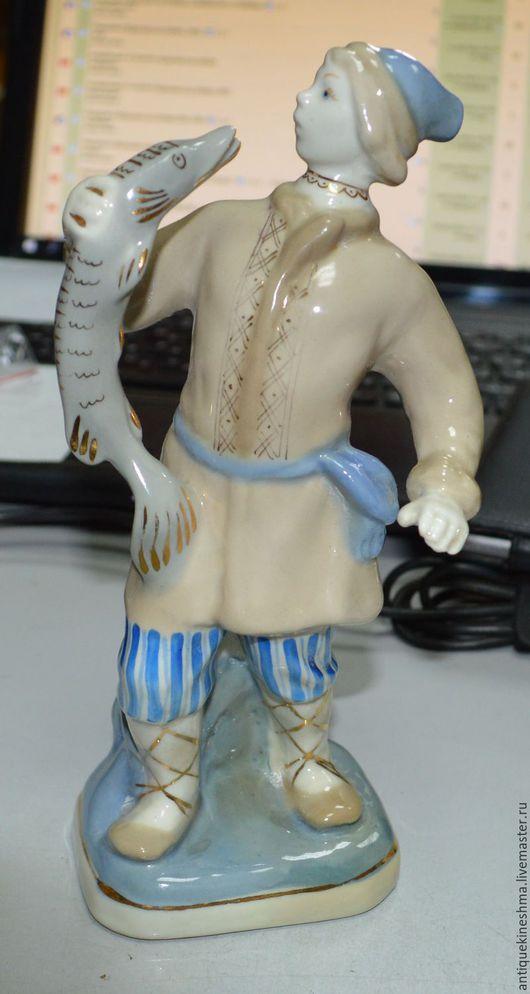 Винтажные предметы интерьера. Ярмарка Мастеров - ручная работа. Купить Статуэтка фигура Емеля со щукой Гжель. Handmade. Комбинированный