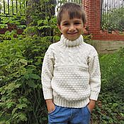Работы для детей, ручной работы. Ярмарка Мастеров - ручная работа Вязаный детский белоснежный свитер для девочки или для мальчика.Хлопок. Handmade.