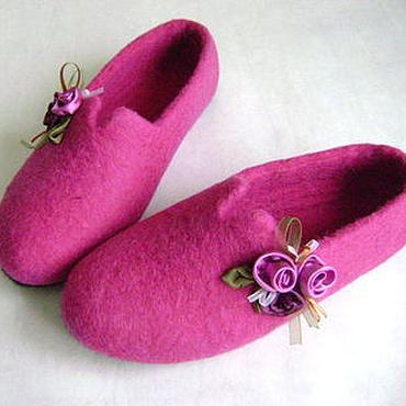 Обувь ручной работы. Ярмарка Мастеров - ручная работа тапочки Розовый букет Авторская работа. Handmade.
