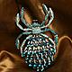Металлический паук украшен кристаллами и стазами. Возможные варианты расцветок