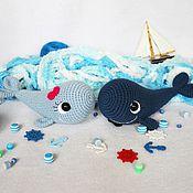 Куклы и игрушки ручной работы. Ярмарка Мастеров - ручная работа Влюбленные киты (вязаные крючком игрушки). Handmade.