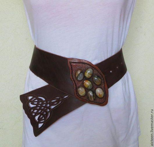 Пояса, ремни ручной работы. Ярмарка Мастеров - ручная работа. Купить Кожаный широкий пояс по бедрам с натуральными камнями. Handmade.