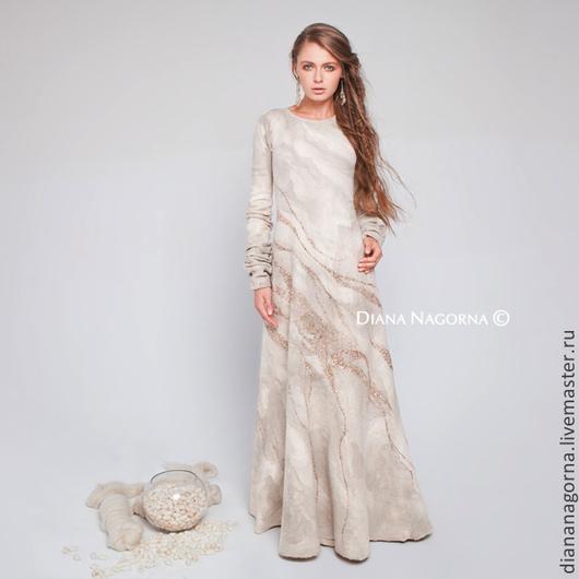 """Платья ручной работы. Ярмарка Мастеров - ручная работа. Купить Платье из тончайшей мериносовой шерсти и шелка """"Gleam of the Moon"""". Handmade."""