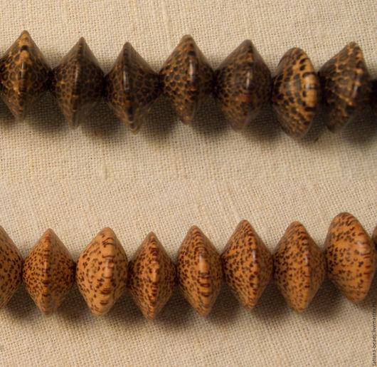 Для украшений ручной работы. Ярмарка Мастеров - ручная работа. Купить Бусины-юла светло-коричневые из дерева молодой пальмы 20 мм. Handmade.