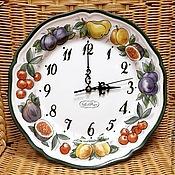 Для дома и интерьера handmade. Livemaster - original item Painted porcelain Clock Juicy fruit. Handmade.