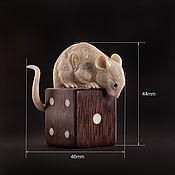 """Год Крысы ручной работы. Ярмарка Мастеров - ручная работа Бивень мамонта. """"Мышь на игральной кости"""". Handmade."""