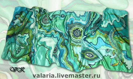 """Шали, палантины ручной работы. Ярмарка Мастеров - ручная работа. Купить Палантин батик """"Малахит"""". Handmade. Батик, атлас, зеленый"""