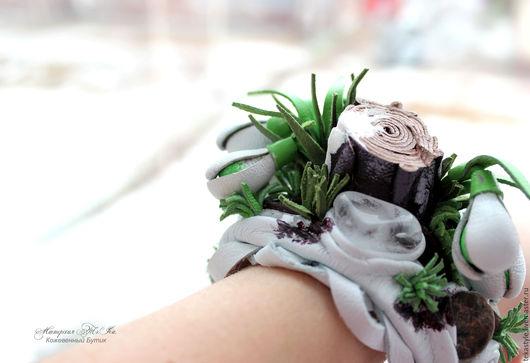 Браслеты ручной работы. Ярмарка Мастеров - ручная работа. Купить Браслет из кожи Подснежники. Handmade. Белый, весенние цветы из кожи