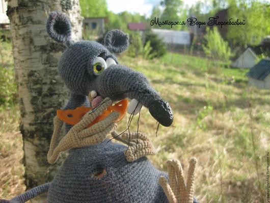 Игрушки животные, ручной работы. Ярмарка Мастеров - ручная работа. Купить Игрушка вязаная мышь Жора-обжора. Handmade. Серый