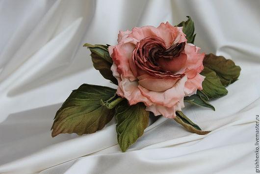 """Цветы ручной работы. Ярмарка Мастеров - ручная работа. Купить шелковый цветок """" В ритме вальса"""". Handmade. Коралловый"""