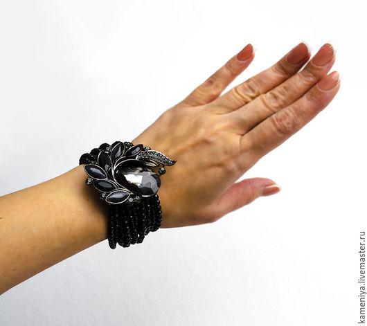 Браслеты ручной работы. Ярмарка Мастеров - ручная работа. Купить Многорядный браслет из черного агата с вставкой. Handmade. Черный