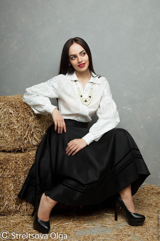 Блузка с вышивкой на воротнике купить