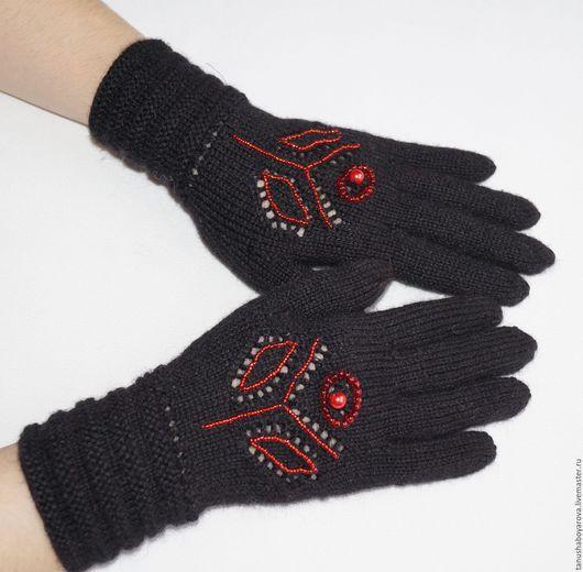 """Варежки, митенки, перчатки ручной работы. Ярмарка Мастеров - ручная работа. Купить Черные перчатки  """"Красный цветок"""".. Handmade. Черный"""