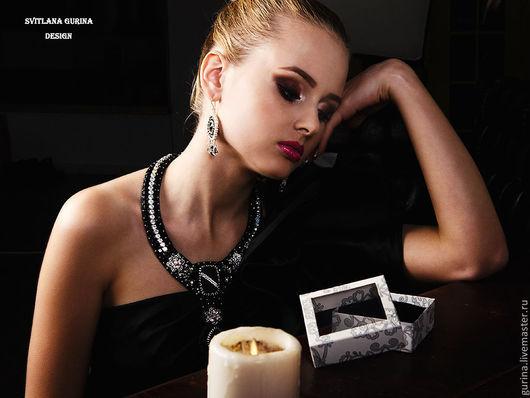 Колье Ночь, вышитое бисером колье, черные украшения