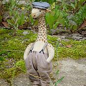 Куклы и игрушки ручной работы. Ярмарка Мастеров - ручная работа Жираф-тедди Гоша, он же Гога, он же Жора (друг мишек Тедди). Handmade.