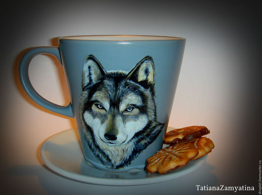 """Кружки и чашки ручной работы. Ярмарка Мастеров - ручная работа. Купить Кружка с росписью """"Волк"""". Handmade. Серый, волк, для чая"""