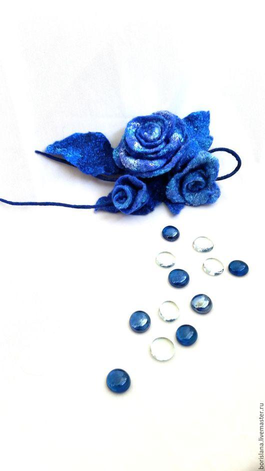 голубая брошь, брошь из шерсти, брошь валяная, роза голубая, роза из шерсти, валяная роза, валяная брошь, шерстяная брошь, шерстяная бижутерия,